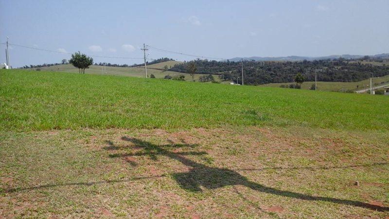 Terreno no Condomínio Terras de Santa Cruz