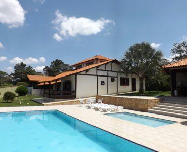 Casa a venda no Condominio Residencial  Vila Rica