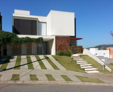 Casa no Condominio - Portal de Bragança - 1700,000,00