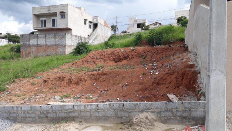 Terreno a Venda no Residencial dos Lagos 150mil