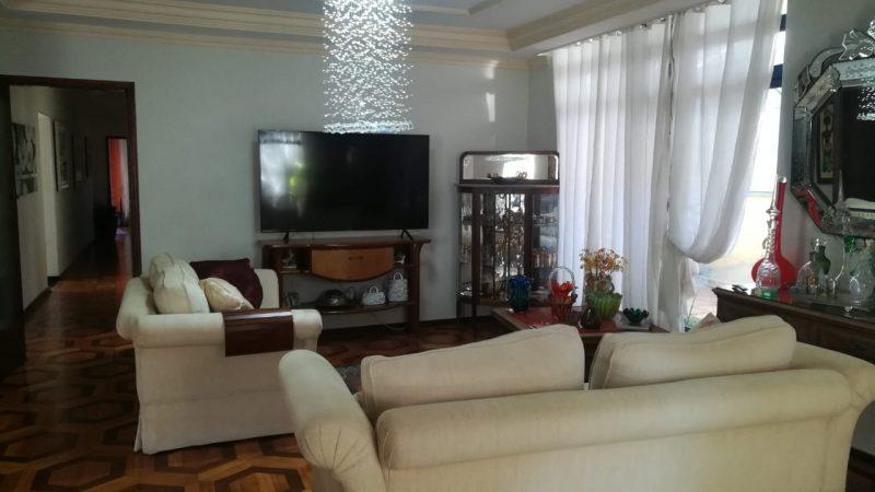 Centro de Bragança Paulista | Belissima Casa a venda no centro