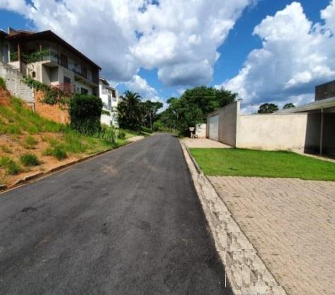 Terreno à venda em Bragança Paulista SP - Jardim Santana