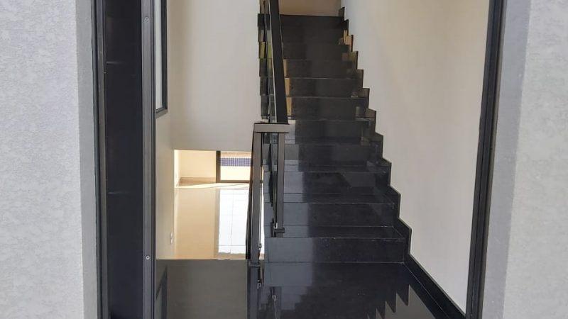 Casa à venda no Condomínio Portal Novo Horizonte em Bragança Paulista SP